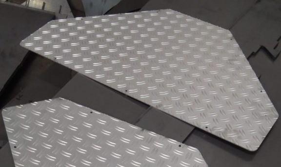 Aluminium traptrede